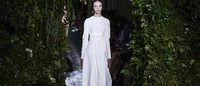 Paris Haute Couture: Valentino bellezza classica preraffaelita