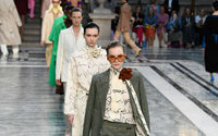 Victoria Beckham lance sa ligne de produits de beauté lors d'un défilé au Foreign Office