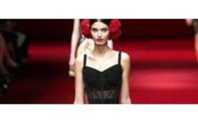 0b498d7ef8 MFW: la femmina 'caliente' di Dolce e Gabbana - Notizie : Sfilate ...
