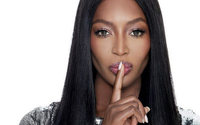 Naomi Campbell lancia la sua linea fashion e beauty