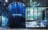 Calvin Klein, Inc. eröffnet zwei neue Multimarken-Lifestyle-Shops in Düsseldorf und Shanghai