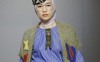 MFW: Stella Jean, la borsetta è made in Siria