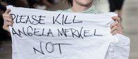 Modenschau von Rick Owens : Ein Model zeigt zweideutige Botschaft über Merkel