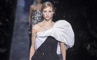 Givenchy'den Keskin Taze Bir Şıklık