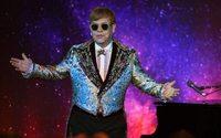 Gucci va signer les costumes d'Elton John pour son ultime tournée