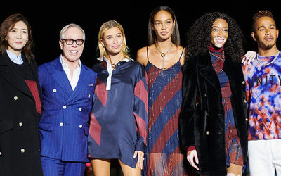 9f1fa949 Tommy Hilfiger and Lewis Hamilton stage see-now-buy-now in Shanghai - News  : Catwalks (#1010267)