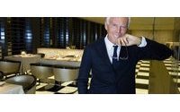 Giorgio Armani to build exhibition center in Milan