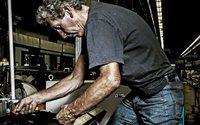 """Candiani Denim: un progetto condiviso con i dipendenti diventa la mostra """"Denim at Work"""""""