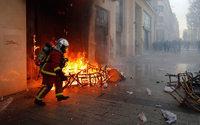 Gilets jaunes : le coût des dégâts assurés revu à la hausse, à 200 millions d'euros
