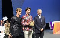 Bernard Arnault confirms LVMH testing blockchain&#x3B; but demurs on the Pinault environmental project, as he presents his group's Innovation Award