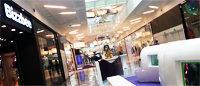 Centres commerciaux: risque de saturation autour de Paris