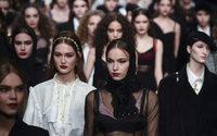 Trade shows, fashion weeks under pressure in September