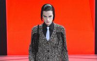 Chez Prada, Miuccia équilibre force et féminité