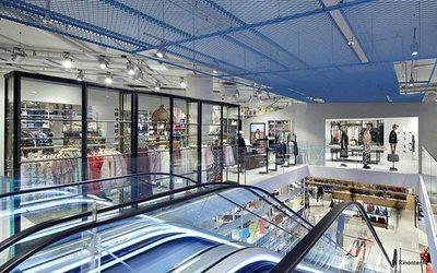 Save My Bag decolla a Malpensa con un nuovo Temporary Store ... 18ac964cfd7