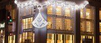 Bulgari украсил бутики гигантскими драгоценностями