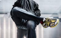 Selfridges и Balenciaga извинились за «бесчувственный» визуальный мерчендайзинг