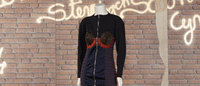 Plusieurs milliers d'euros pour des vêtements des années 80 à Drouot