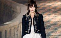 La mujer francesa de Louis Vuitton