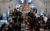 U.S. holiday shoppers spend record $126 billion online: Adobe