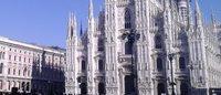 Gli abiti delle grandi maison all'asta per il Duomo di Milano