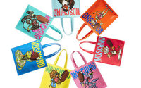 Moschino firma una capsule collection di tote bag con Magnum