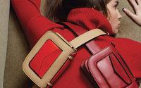 Stée pose ses sacs aux Galeries Lafayette Haussmann