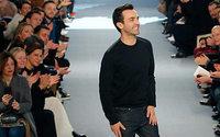 Il PDG di LVMH sta pensando di sostituire Nicolas Ghesquière da Vuitton