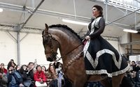 Franck Sorbier astounds with a breathtaking equestrian show