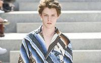 Settimana della Moda uomo di Parigi: Issey Miyake invita a viaggiare nel deserto