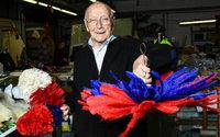 Gianni Bracciani: 89 anni in mezzo alle piume