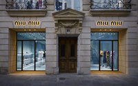 Miu Miu double la mise à Paris