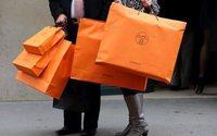 Потребители готовы платить за товары класса люкс