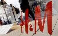 H&M brucerebbe fino a 12 tonnellate di vestiti l'anno