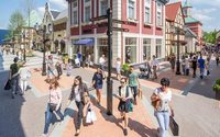 Designer Outlet Roermond struggles to find staff while the number of visitors increase