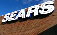 Sears chairman Lampert seeks partner for bankruptcy financing