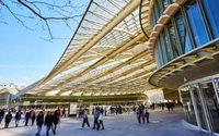 U.S. retail mall vacancies up 8.3 percent in third-quarter