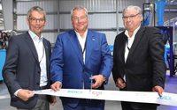 Soex nimmt erste Recycling-Anlage für Schuhe in Betrieb