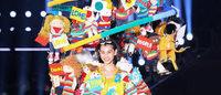 総額1千万円の巨大ドレスを水原希子が着用 デザイナー山縣良和が制作