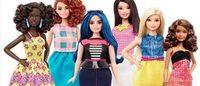 Barbie si rifà il look e diventa (anche) curvy