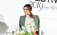 Victoria Beckham lança skincare e finaliza perfume no próximo ano