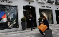 Luxury industry to bounce back in 2017