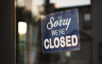 UK store closures rise, fashion has big impact - LDC report