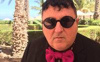 Alber Elbaz fustige un monde de la mode déboussolé