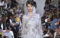 Milano Fashion Week: Max Mara e la rinascita del suo logo