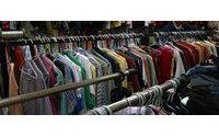 США и Гонконг задержали крупнейшую партию контрабандной одежды