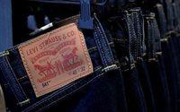 Levi's ajusta financiamento para apoiar trabalhadores do vestuário