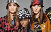 Michael Kors Versace'nin Alım İşlemlerini Tamamladı ve Adını Capri Holdings Olarak Değiştirdi