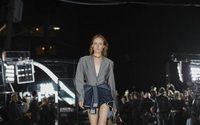 Settimana della Moda di New York: Alexander Wang, passerella in strada a Bushwick