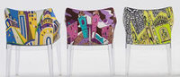 Emilio Pucci cria estampas para cadeiras de Phillipe Starck