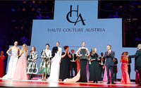 Designerin Birgit Moser gewinnt Haute Couture Austria Award
